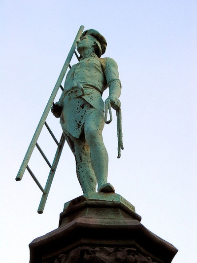 statue couvreur